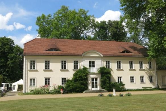 Schloss-Sacrow