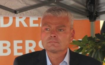 Innenminister und CDU-Landeschef Holger Stahlknecht meint, das Vertrauen von Fraktion und Partei zuhaben. Dabei waren die Abstimmungen zu seinen Gunsten nur ein Akt der Verzweiflung. (Foto: xkn/Archiv)