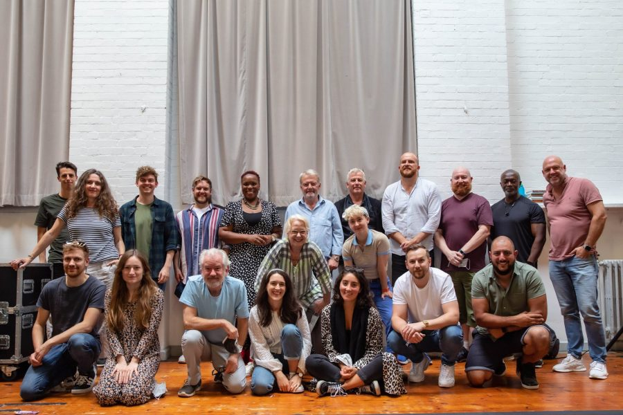 Full-cast-of-Fishermans-Friends-the-Musical-in-rehearsals-©Danny-Kaan