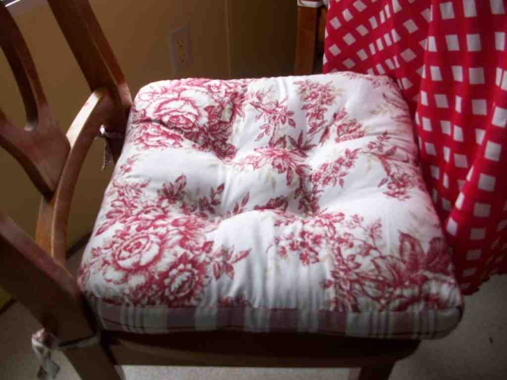 Chair Cushions For Kitchen Chairs Country Kitchen Chair Cushions Home Furniture Design