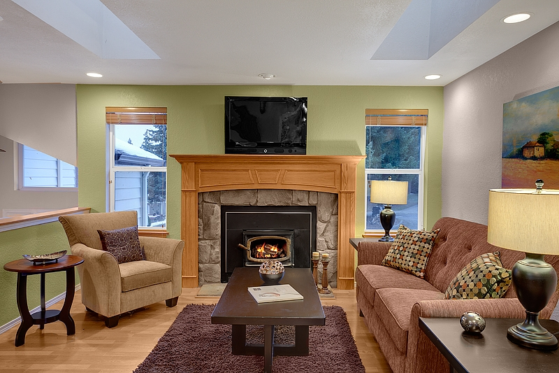 Home Staging Small Living Rooms