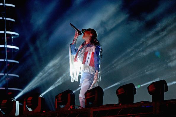 Video: Calvin Harris ft Rihanna - 'We Found Love' (Live at Coachella 2016)