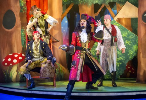 Peter Pan Goes Wrong. Dress Rehearsal