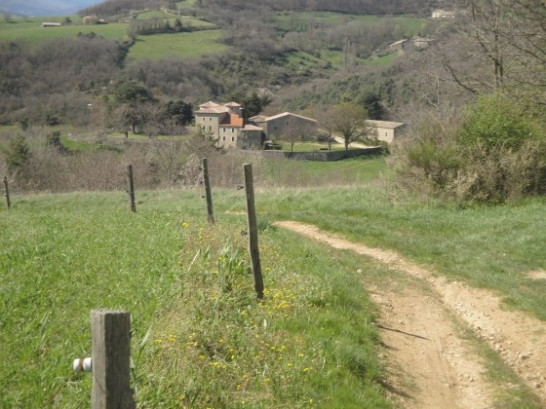 sentier retraite yoga Ardèche