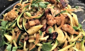 Teri's Pas-T-hai with Zucchini Noodles and Coco-Curry Nut Sauce Recipe