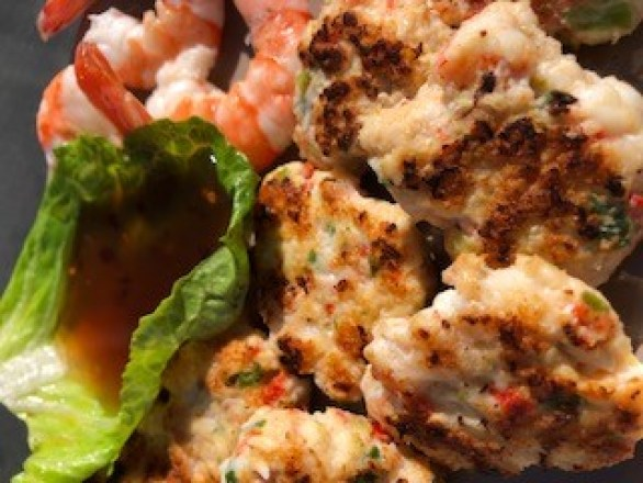 Thai Style Fish Cakes with Sweet Chili Sauce