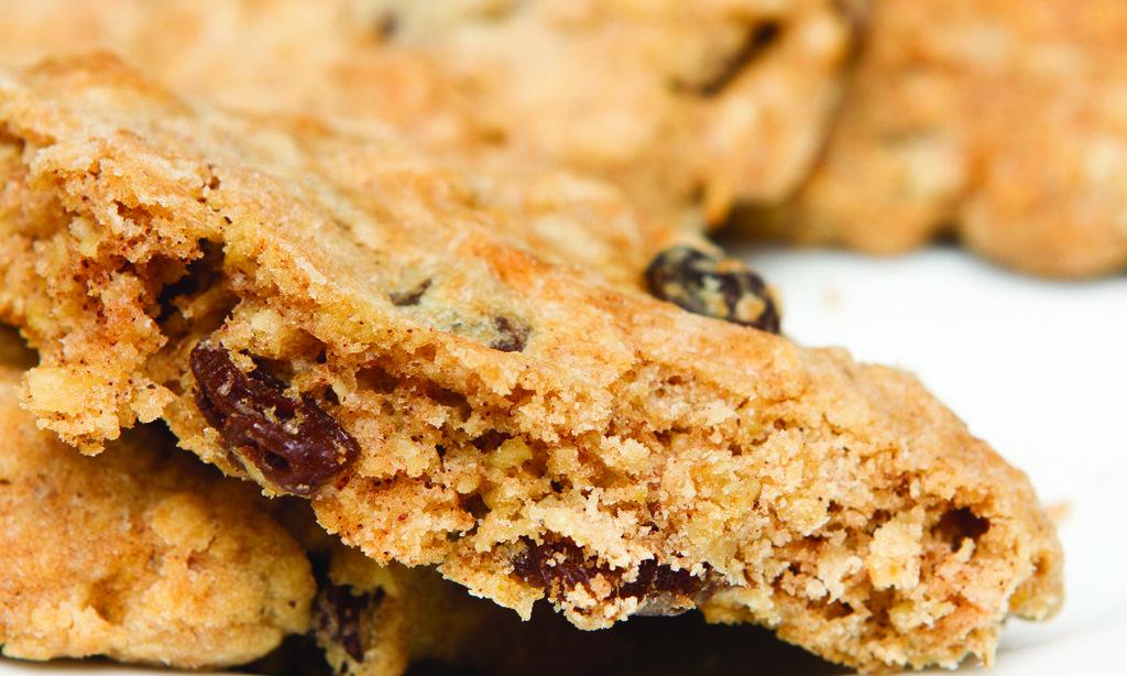 Cricket Powder Oatmeal-Raisin Cookies