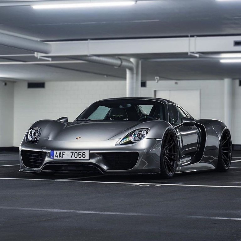 An absolute supercar it is, the 918 spyder …………………………………..