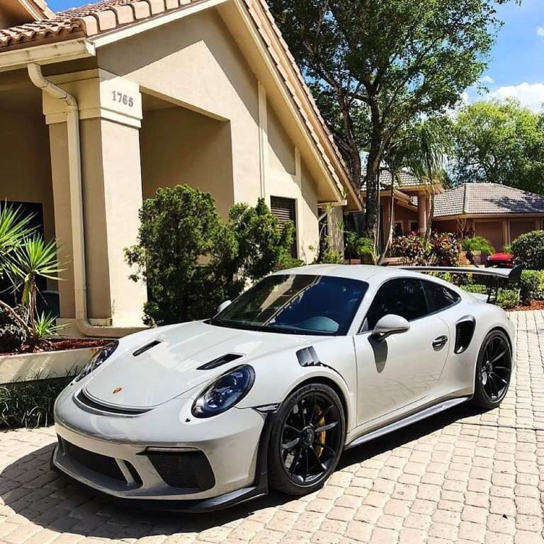 Can't get enough of this GT3 RS …………………………………………….