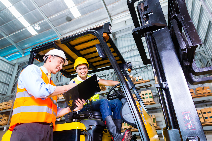 forklift training in warehouse