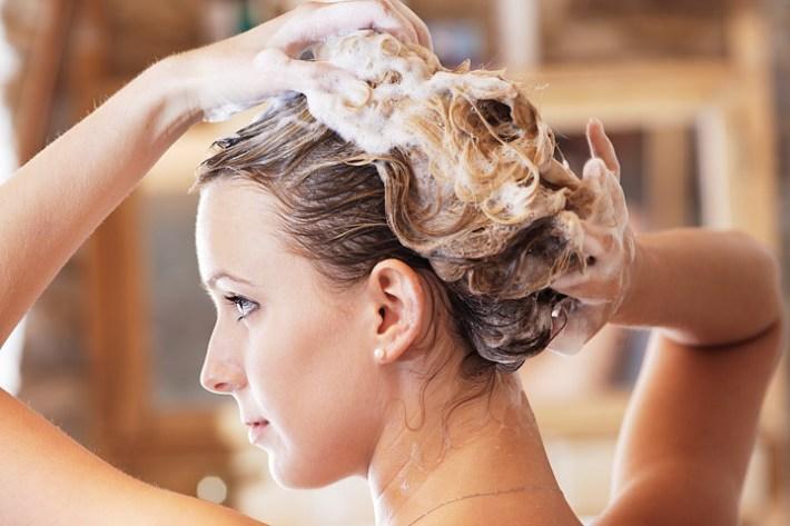 Why You Should Use Sulfate-Free Shampoo