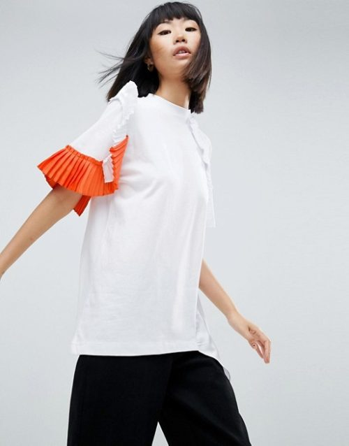 pleated statement sleeves tee