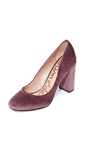 mauve velvet pumps from Sam Edelman