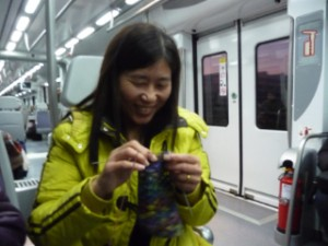 My knitting friend on the train from Blanes