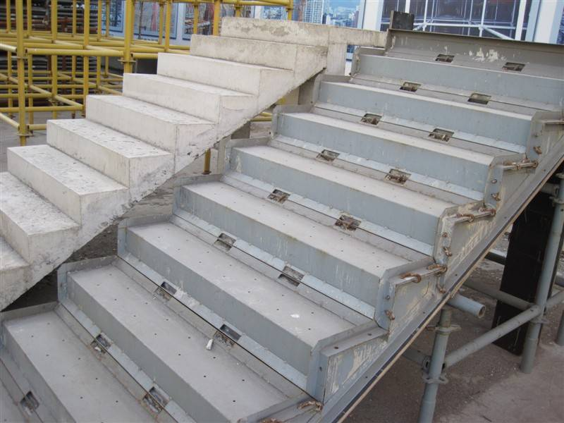 how to build formwork for concrete stairs