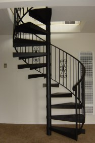 iron round stairs design_1