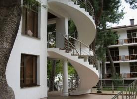 screw outer staircase of concrete – Staircase design