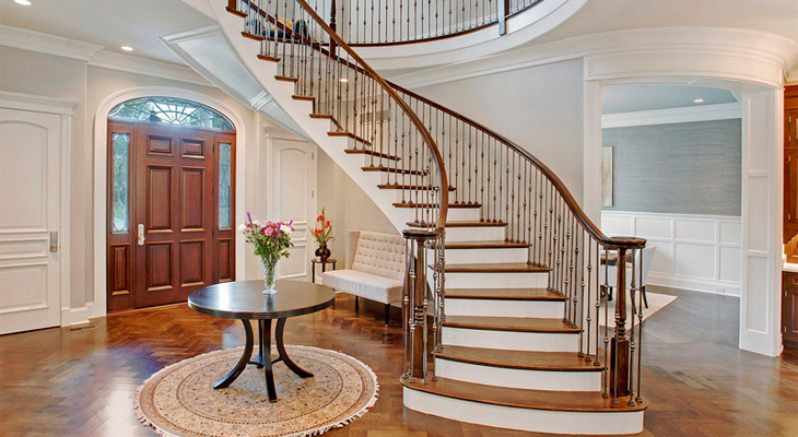 Unique design of the staircase in the country house