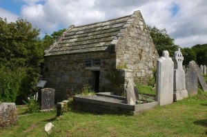 St_Declan's_Oratory,_Ardmore_-_geograph.org.uk_-_503618
