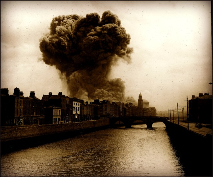 wm_four-courts-explosion-june-1922