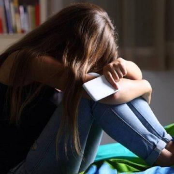Suicidio tra i giovani: un'epidemia con radici profonde