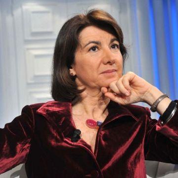 Bigenitorialità: le sciocchezze colossali di Eugenia Roccella