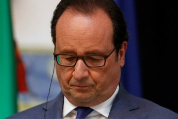 French President Francois Hollande attends a news conference at the Belem Palace in Lisbon, Portugal, July 19, 2016. REUTERS/Rafael Marchante - RTSIPNM