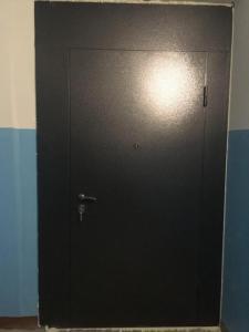 двери на площадку тамбурные в порошке под заказ