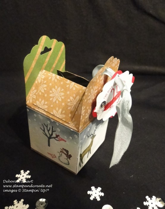 Scallop tag topper box - top open