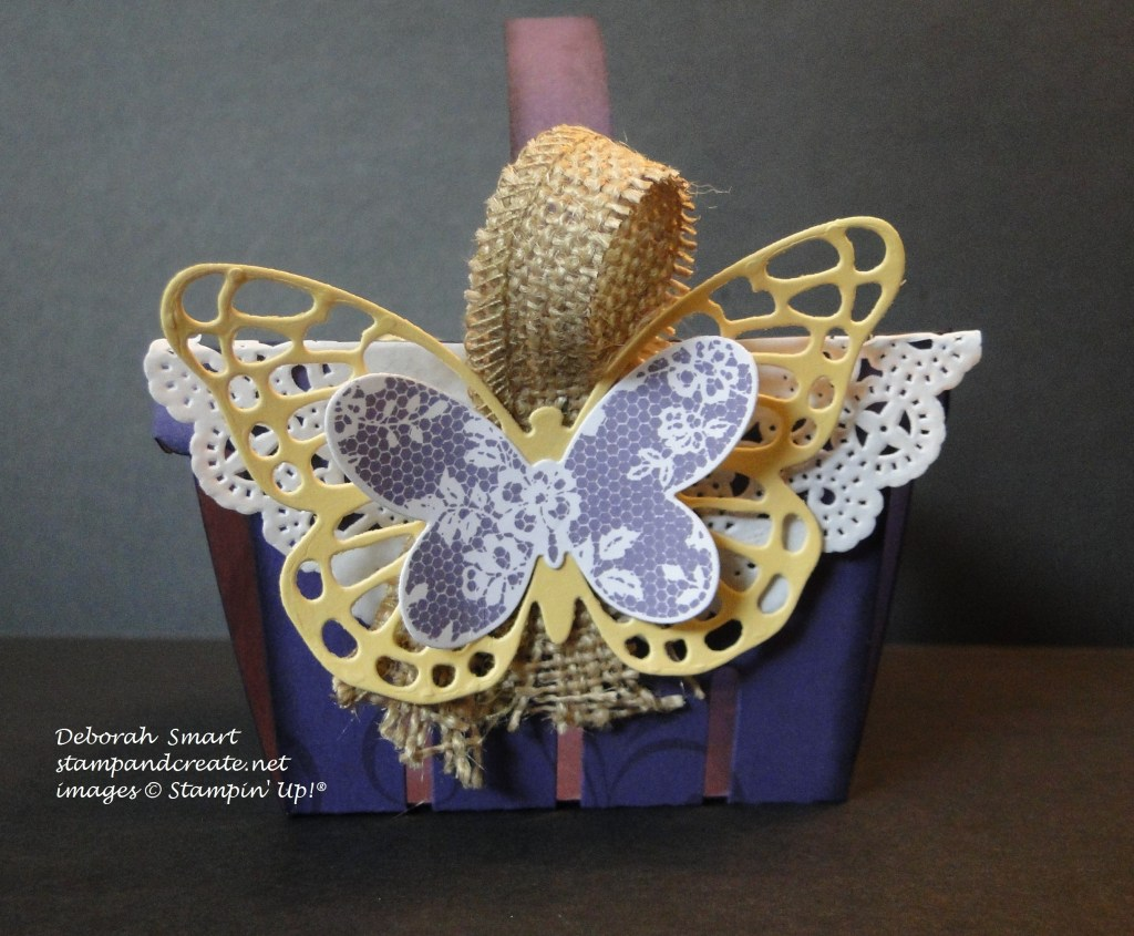 berry basket - front view