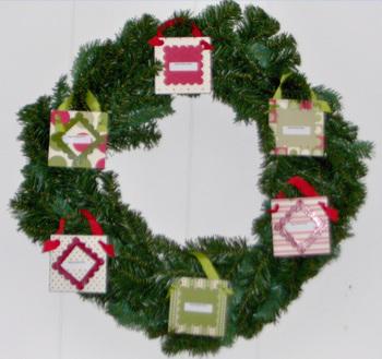 Dashing_photo_wreath