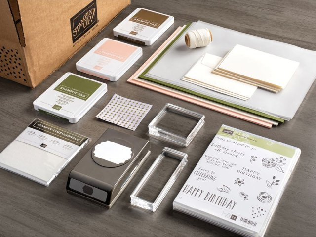 What is in the Stampin' Up! Starter Kit?