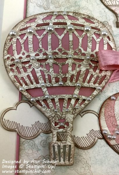 Close-Up of shabby chic Lift Me Up balloon