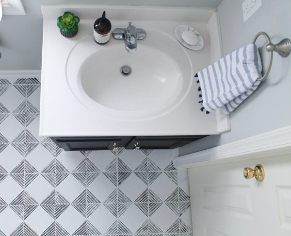 One Room Challenge: Guest Bath Reveal in Williamsburg, VA from StampinFool.com