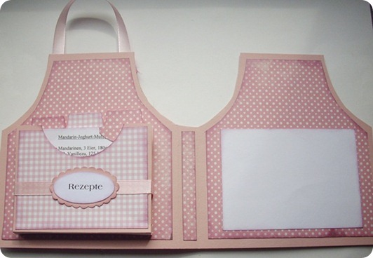 project and free template  apron recipe card and holder