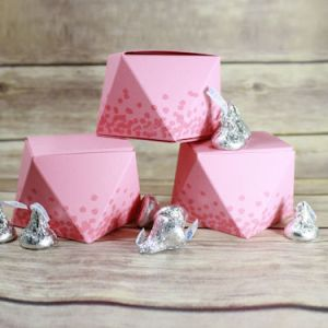 Project: Faceted Valntine Treat Box