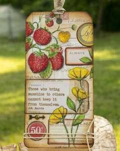 Vintage Strawberry Tag