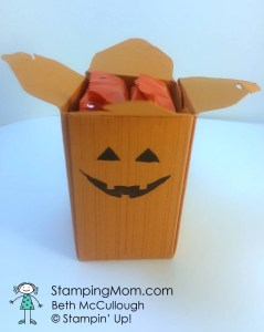 StampinUp Reese's Peanut Butter box fits two Reese's Peanut Butter Pumpkins, designed by Beth McCullough.  Please see more card and gift ideas at www.StampingMom.com #StampingMom