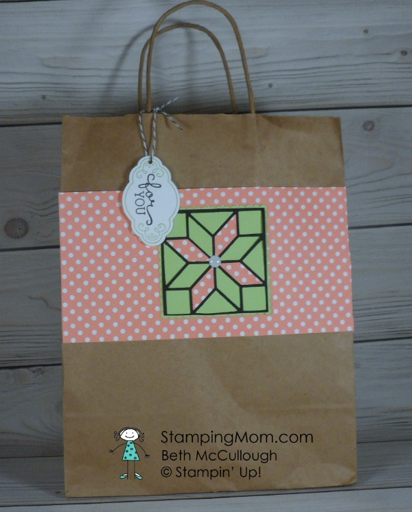 Stampin Up gift bag designed by demo Beth McCullough. Please see more card and gift ideas at www.StampingMom.com #StampingMom #cute&simple4u