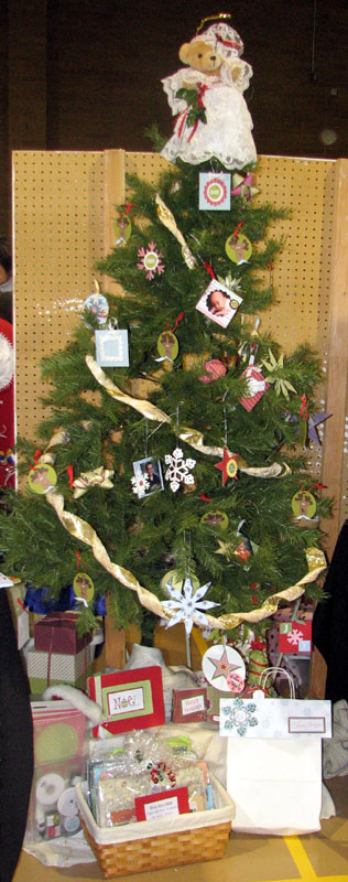 novemberfest-christmas-tree