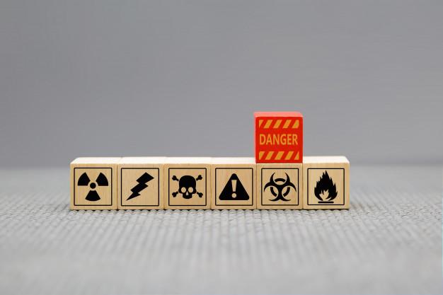 danger-icons-wooden-cubes-shape_101448-238