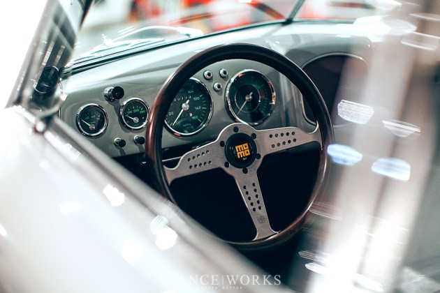 momo-heritage-futura-matte-wood-steering-wheel