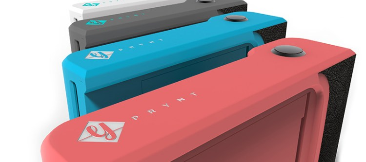 Prynt-Case-Turns-Your-Smartphone-Into-A-Polaroid-2