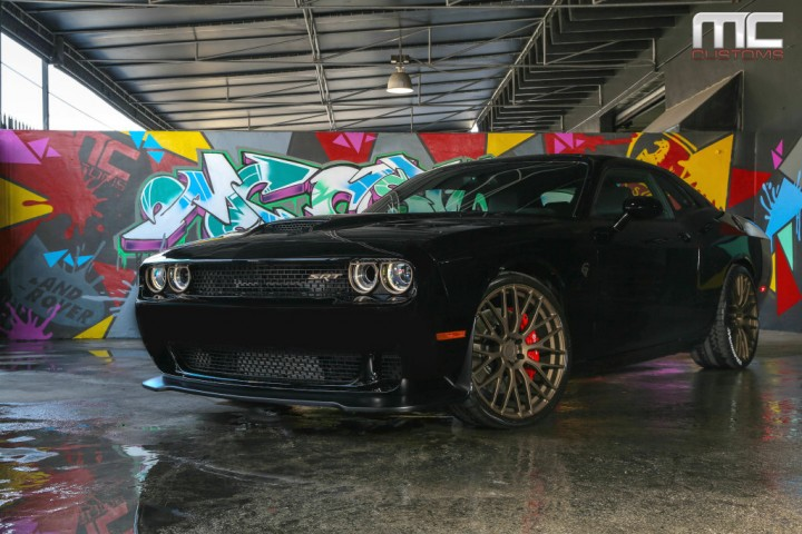 2015 Dodge Challenger SRT Hellcat On 22-Inch ADV.1 Wheels