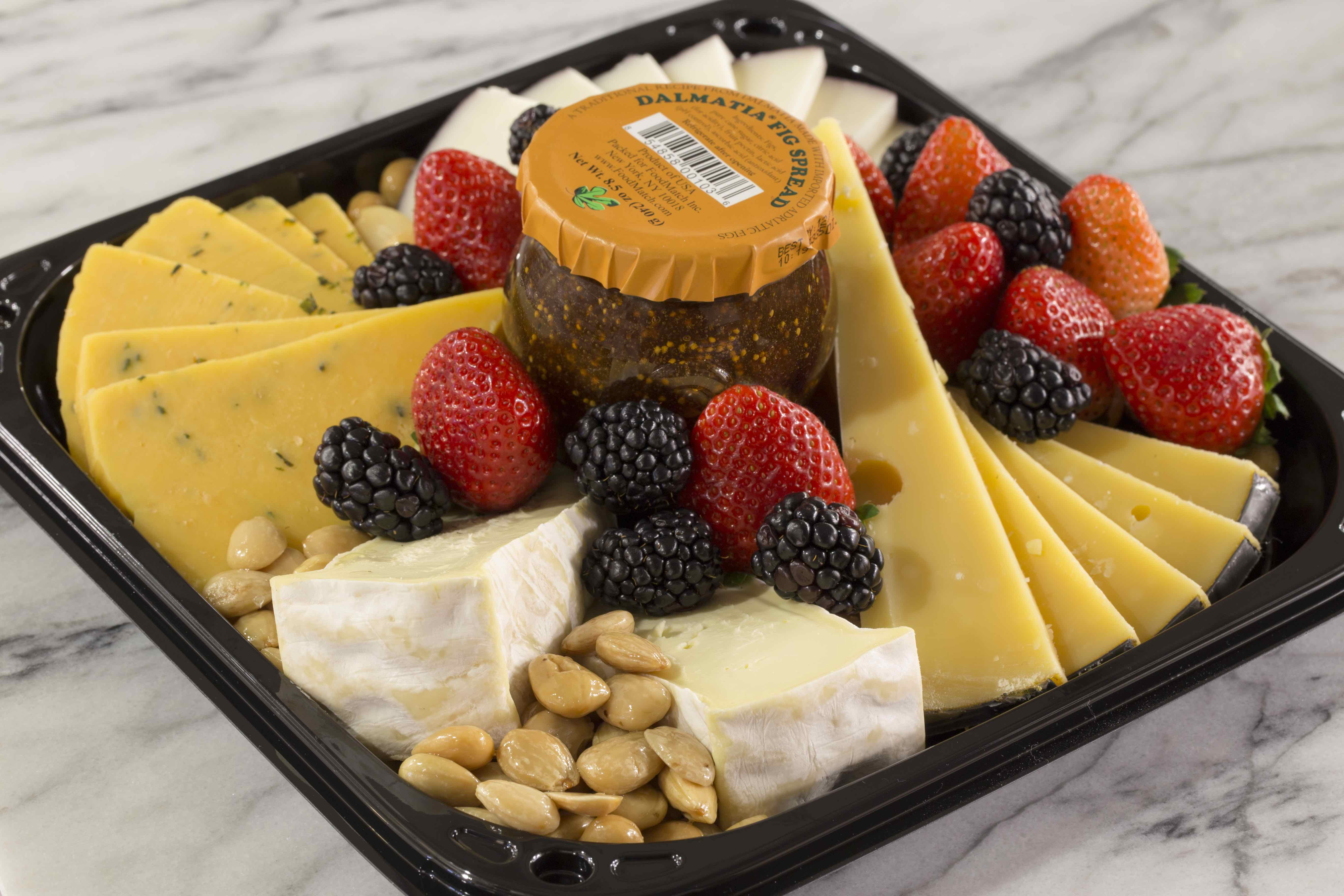 Standard Market Naperville Catering Crowd Pleaser Cheese