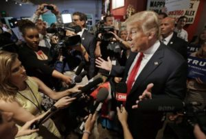 trump-with-reporters-wnd