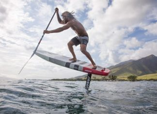Airton Cozzollino Fanatic SUP Foil Flow Photo by John Carter