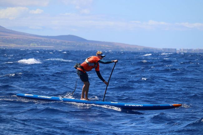 Connor Baxter Molokai Holokai downwind SUP race Erik Aeder photo