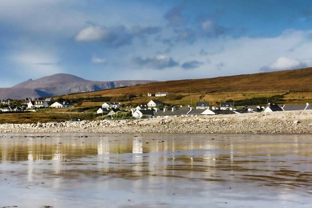 Ireland west coast SUP hunting