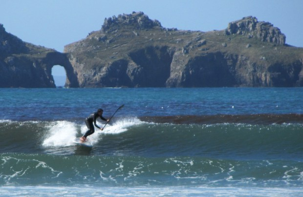 Greg Dunnett SUP surfing